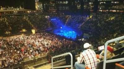 Madison Square Garden, sección: 210, fila: 5, asiento: 20