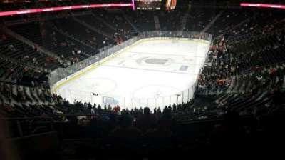 T-Mobile Arena, sección: 103, fila: H, asiento: 5