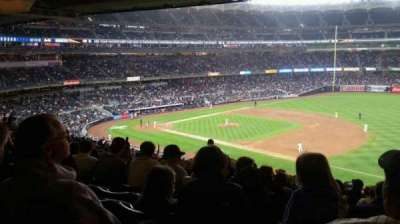 Yankee Stadium, sección: 213, fila: 23, asiento: 10