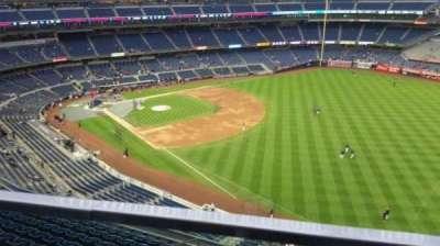 Yankee Stadium, sección: 409, fila: 1, asiento: 18