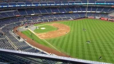 Yankee Stadium, sección: 409, fila: 1, asiento: 13