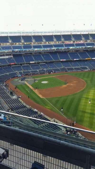 Yankee Stadium, sección: 409, fila: 2, asiento: 5