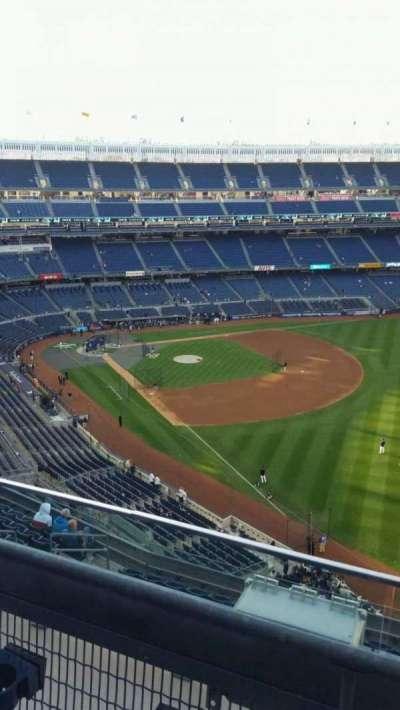 Yankee Stadium, sección: 409, fila: 2, asiento: 8