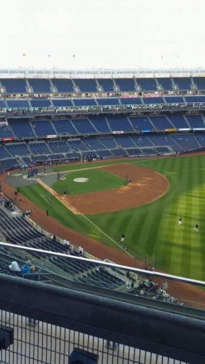 Yankee Stadium, sección: 409, fila: 2, asiento: 9
