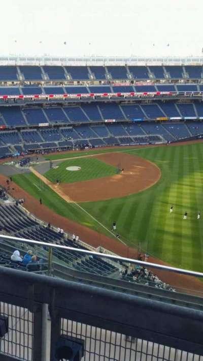 Yankee Stadium, sección: 409, fila: 2, asiento: 10