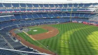Yankee Stadium, sección: 409, fila: 2, asiento: 12