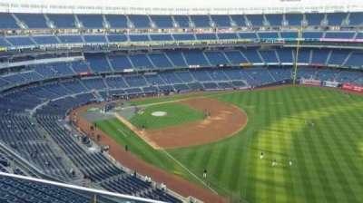 Yankee Stadium, sección: 409, fila: 2, asiento: 13