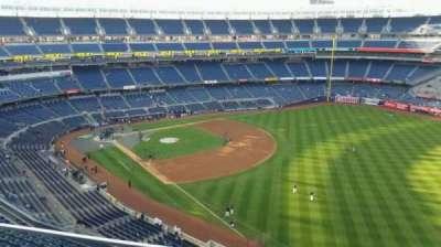 Yankee Stadium, sección: 409, fila: 2, asiento: 15