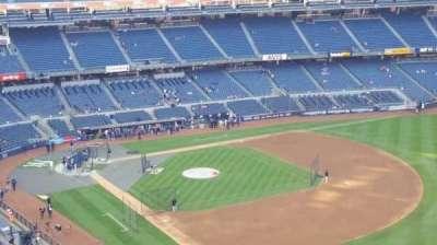 Yankee Stadium, sección: 410, fila: 1, asiento: 3