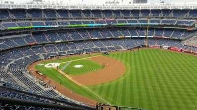 Yankee Stadium, sección: 409, fila: 12, asiento: 24