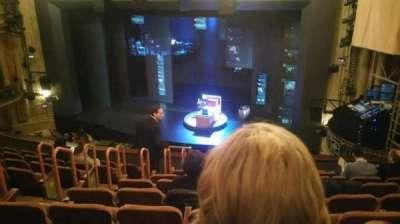Music Box Theatre, sección: Mezzanine, fila: J, asiento: 10