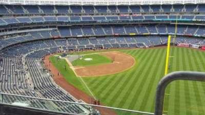 Yankee Stadium, sección: 408, fila: 3, asiento: 1