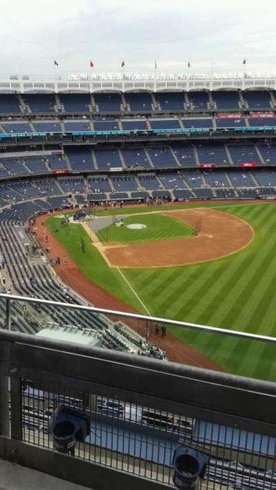 Yankee Stadium, sección: 408, fila: 2, asiento: 3