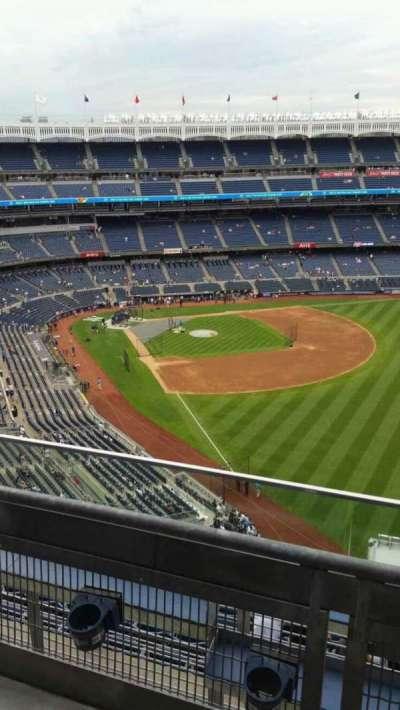Yankee Stadium, sección: 408, fila: 2, asiento: 5