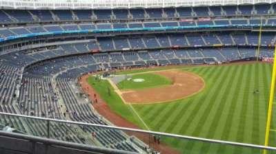Yankee Stadium, sección: 408, fila: 2, asiento: 6