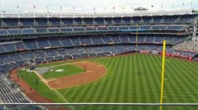 Yankee Stadium, sección: 408, fila: 2, asiento: 12