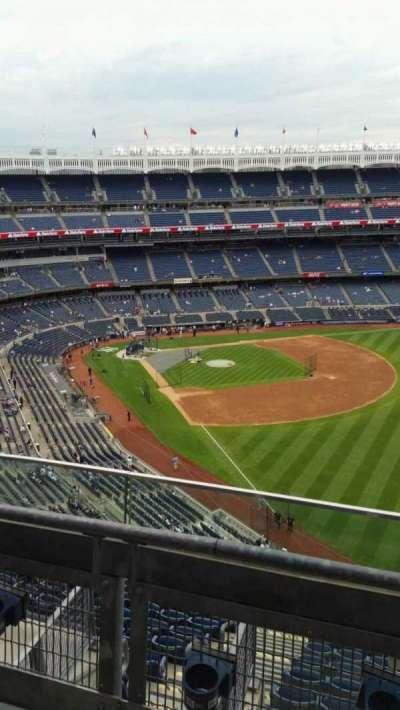 Yankee Stadium, sección: 408, fila: 2, asiento: 13