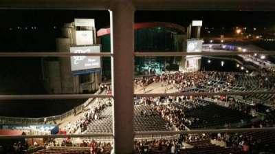 Jones Beach Theater, sección: 26, fila: A, asiento: 9