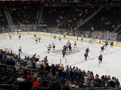 T-Mobile Arena, sección: 8, fila: Y, asiento: 6