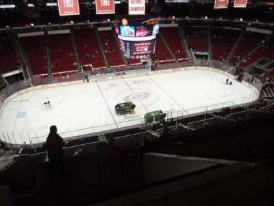 PNC Arena, sección: 325, fila: H, asiento: 18