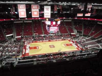 PNC Arena, sección: 325, fila: J, asiento: 9