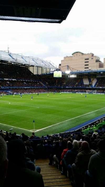 Stamford Bridge, sección: Matthew Harding Lower, fila: U, asiento: 395