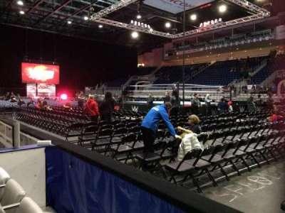 Ricoh Coliseum, sección: 119, fila: DD, asiento: 8