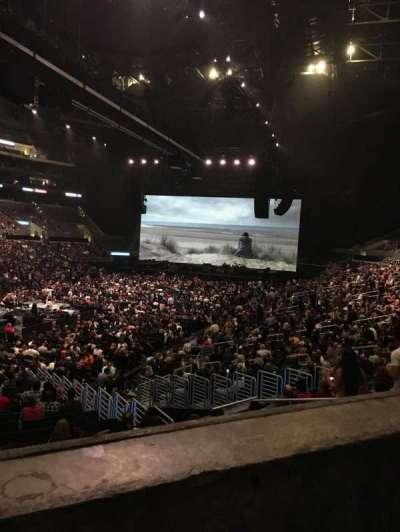 Staples Center, sección: 205, fila: 1, asiento: 4