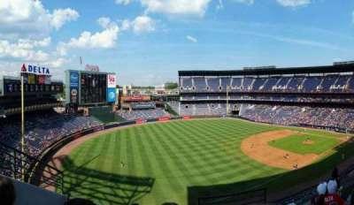 Turner Field, sección: 422, fila: 4, asiento: 101