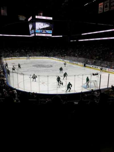 Jacksonville Veterans Memorial Arena, sección: 121, fila: S, asiento: 6