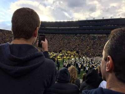 Michigan Stadium, sección: 44, fila: 2, asiento: 10