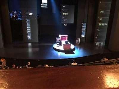 Music Box Theatre, sección: Mezz, fila: A, asiento: 109