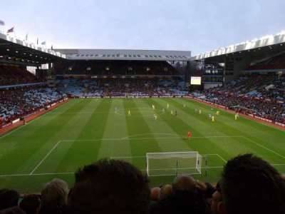 Villa Park, sección: T3, fila: L, asiento: 83
