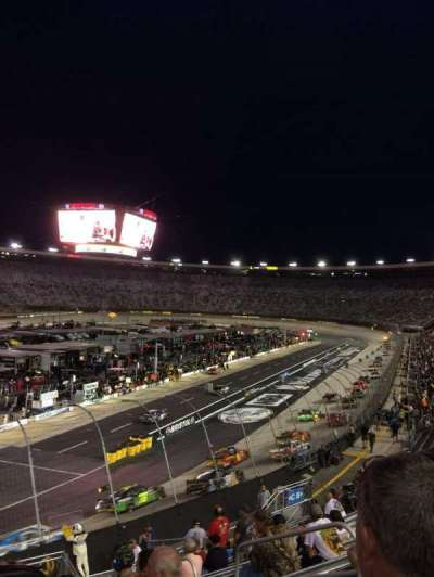 Bristol Motor Speedway, sección: Richard Petty, fila: 22, asiento: 4