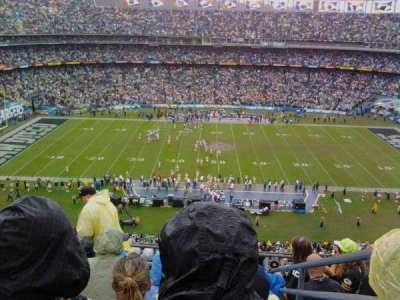 Qualcomm Stadium, sección: V6, fila: 9