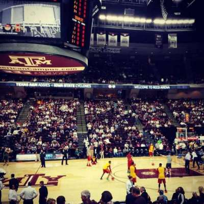 Reed Arena, sección: 121, fila: D, asiento: 3