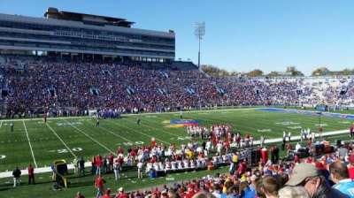 University of Kansas Memorial Stadium, sección: 23, fila: 28, asiento: 28