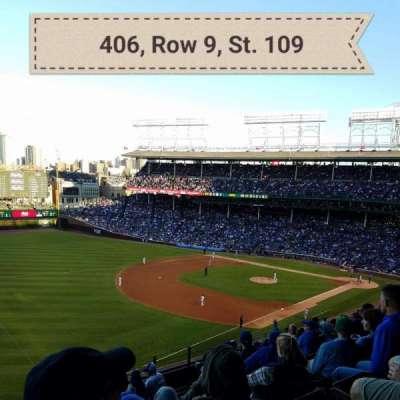 Wrigley Field, sección: 406, fila: 9, asiento: 109