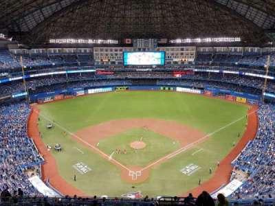 Rogers Centre, sección: 524al, fila: 18, asiento: 101
