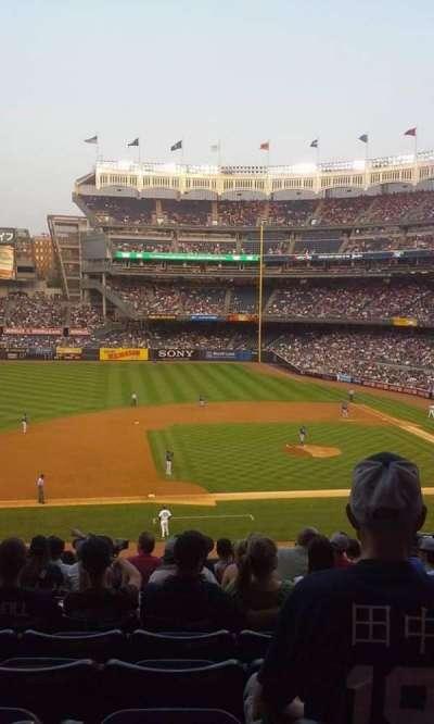 Yankee Stadium, sección: 225, fila: 14, asiento: 3