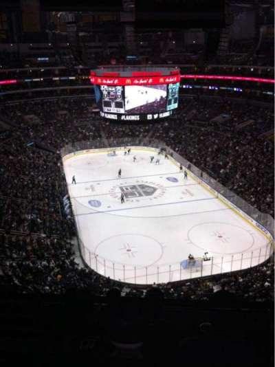Staples Center, sección: 328, fila: 6, asiento: 14
