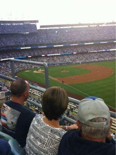 Dodger Stadium, sección: 44RS, fila: B, asiento: 4