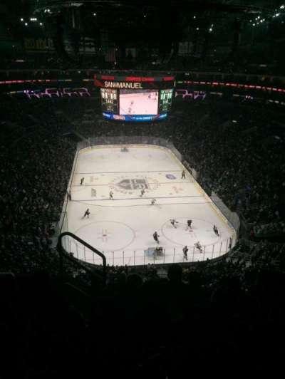 Staples Center, sección: 310, fila: 6, asiento: 11