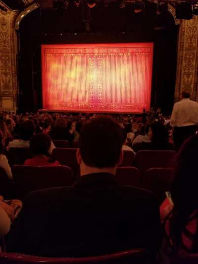 Cadillac Palace Theater, sección: Orchestra C, fila: U, asiento: 119