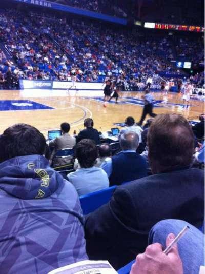 Rupp Arena, sección: 16, fila: DD, asiento: 6