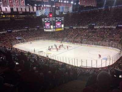 Joe Louis Arena, sección: 203C, fila: 12, asiento: 35