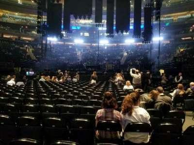 Madison Square Garden, sección: B, fila: 18, asiento: 15