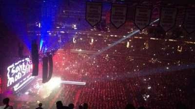 Capital One Arena, sección: Upper Concourse 433, fila: N, asiento: 12