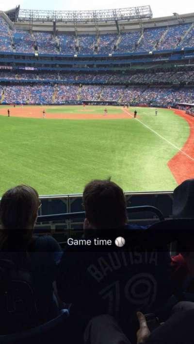 Rogers Centre, sección: 135L, fila: 3, asiento: 107