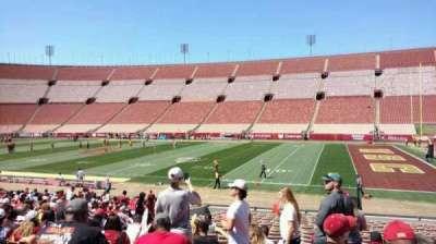 Los Angeles Memorial Coliseum, sección: 4H, fila: 23, asiento: 113